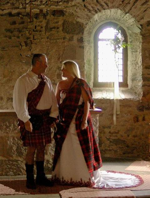 Handfasting, decked in